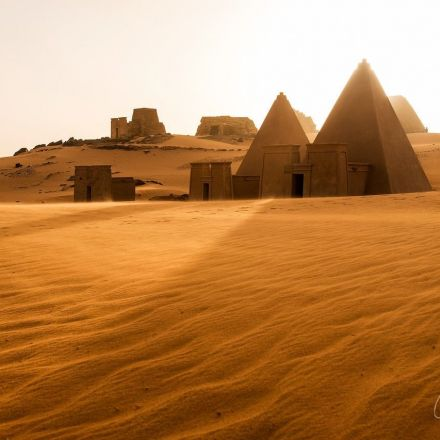 Wonder at the Meroe Pyramids, Forgotten Relics of the Ancient World