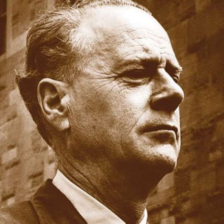 How to Become a Famous Media Scholar: The Case of Marshall McLuhan
