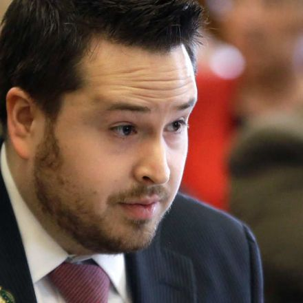 New Hampshire Lawmaker Who Founded Misogynistic 'Red Pill' Reddit Forum Resigns