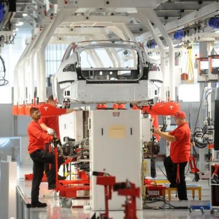 Asleep at the Wheel: German Leaders at Oddswith Industry over Electric Cars