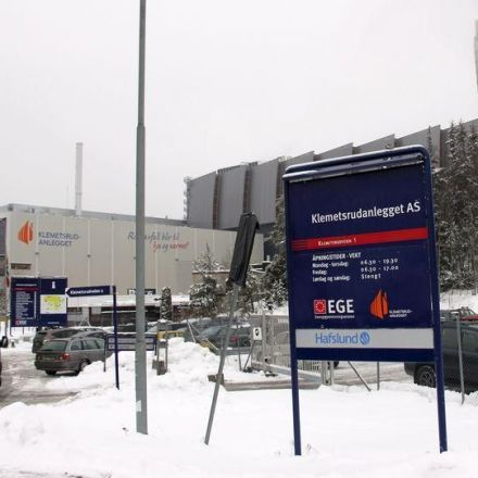 Oslo trash incinerator starts experiment to slow climate change