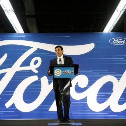 Ford cancels plans to build plant in Mexico, will invest in Michigan