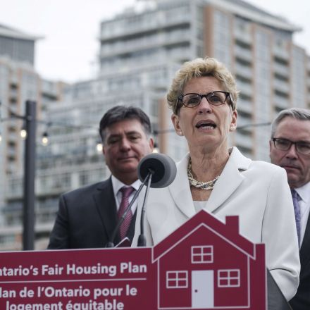 Ontario slaps 15% tax on foreign buyers, expands rent control in 16-point plan to cool housing