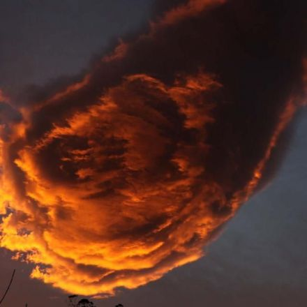 'Hand of God' The Cloud That Resembles a Fireball in the Sky