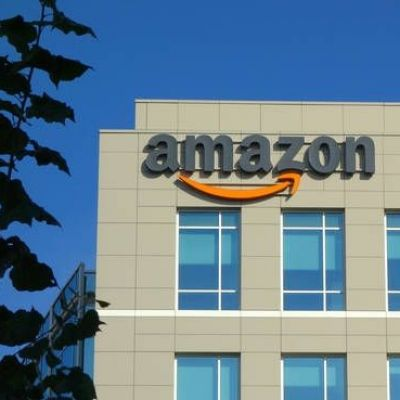 Cloud Unit Pushes Amazon to Record Profit