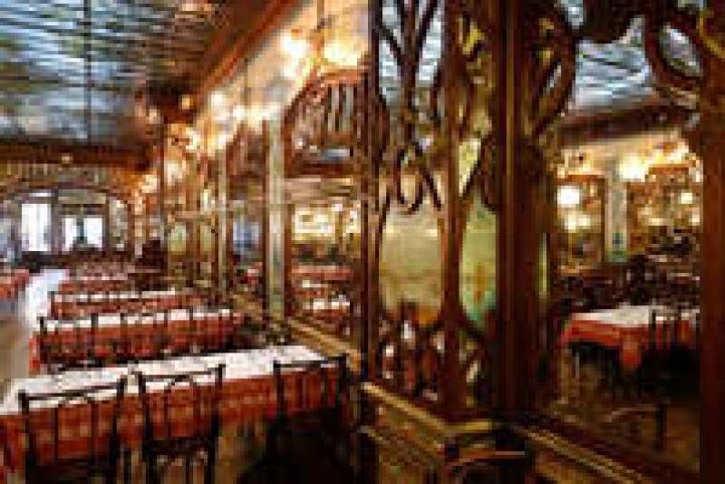 Буйон: дешевые столовые, которые стали популярны в Париже