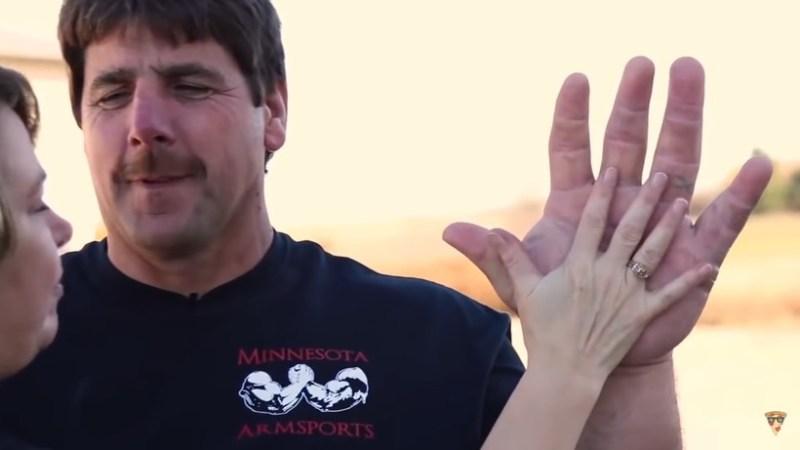 Видео: Самые гигантские люди в разных странах мира