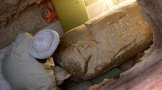 En busca de Djehuty: entre momias, tumbas y jeroglíficos [2015] [WEBDL]