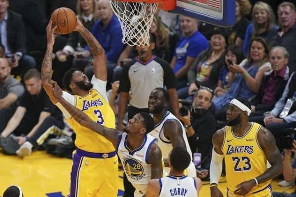 Lakers Vs. Warriors Preview & TV Info: Anthony Davis Will Return After Sprained Thumb Injury