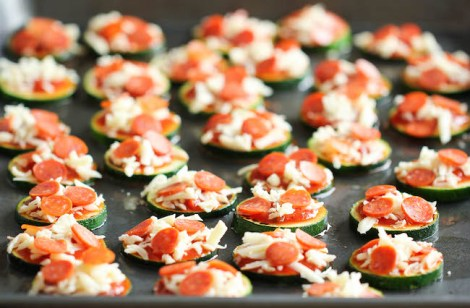 Miniature Zucchini Pizzas - Healthy Zucchini Recipes with Low Carb