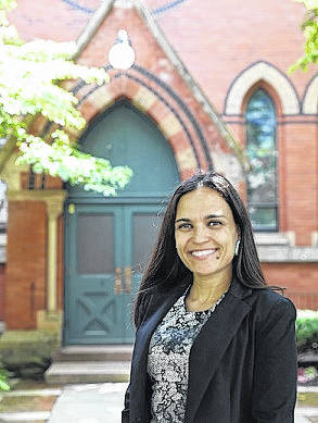 Woman rises from humble beginnings to graduate from Ivy League school