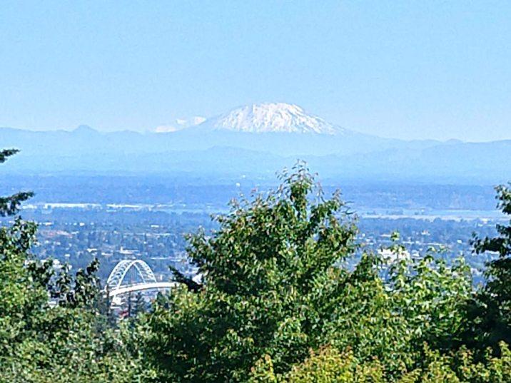 Mt St. Helenes