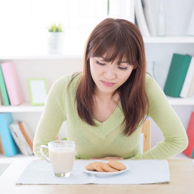 吃飽飯後沒來由的胃痛嗎?小心!這可能是胃潰瘍發出的警訊!
