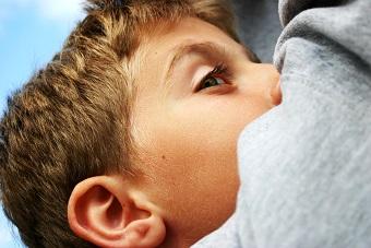 正確地清潔耳朵的3個步驟