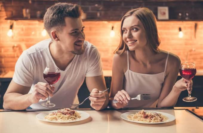 「デート 食事」の画像検索結果