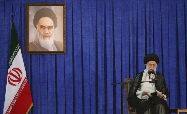 FILE PHOTO: Iran's Supreme Leader Ayatollah Ali Khamenei delivers a speech during a ceremony marking the death anniversary of the founder of the Islamic Republic Ayatollah Ruhollah Khomeini, in Tehran, Iran, June 4, 2017. TIMA via Credit: Reuters/Files