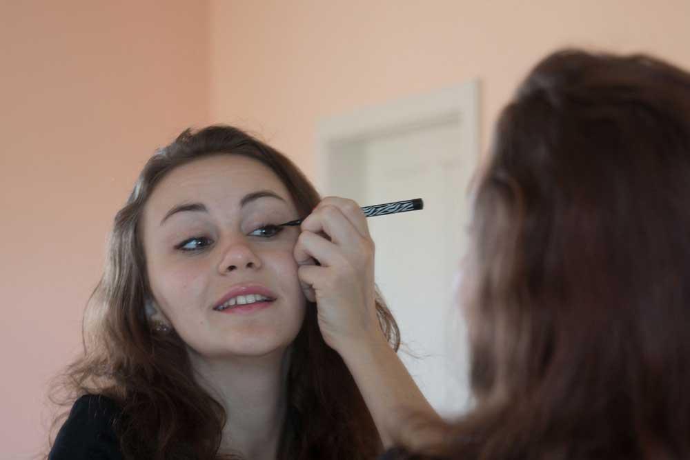 Netwerk - 3 Rekomendasi Eyeliner Mudah Diaplikasikan untuk Pemula-cover