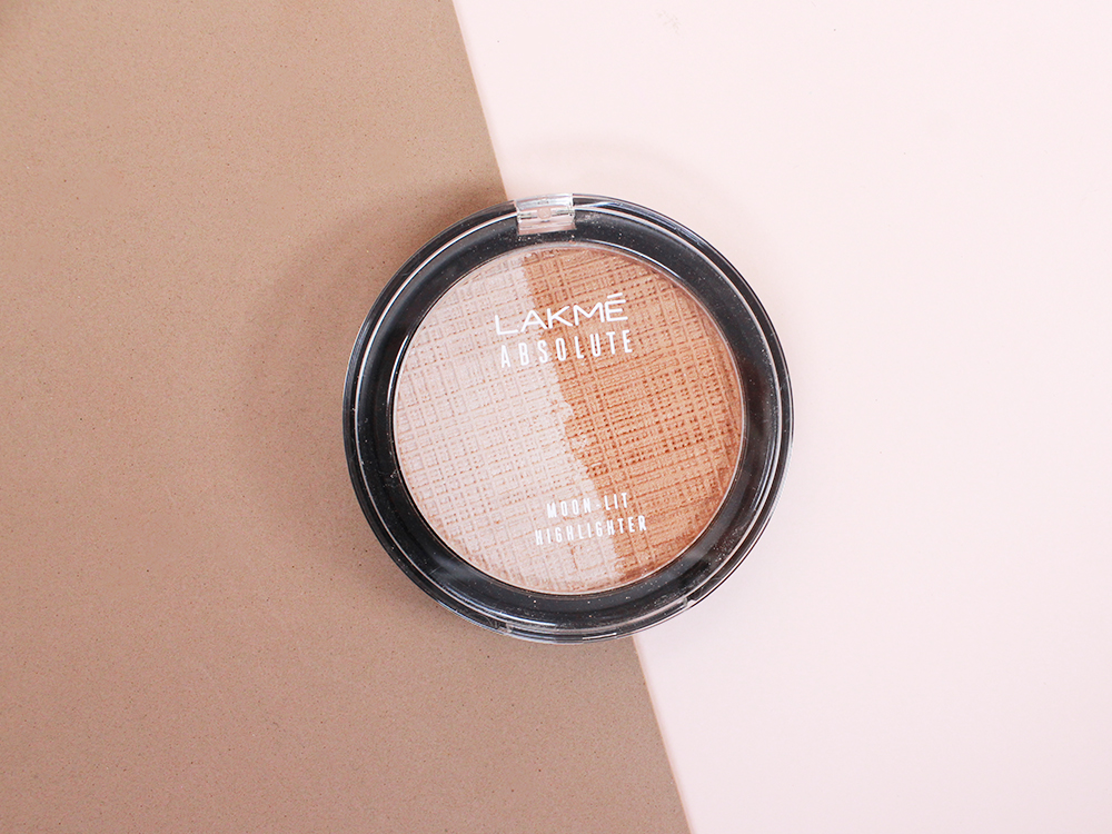 Review Lakme Absolute Moon-Lit Highlighter