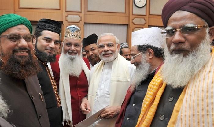 کیا وزیر اعظم کے رمضان والے ٹوئٹ میں یہ پیغام ہے کہ اردو دراصل مسلمانوں کی زبان ہے؟
