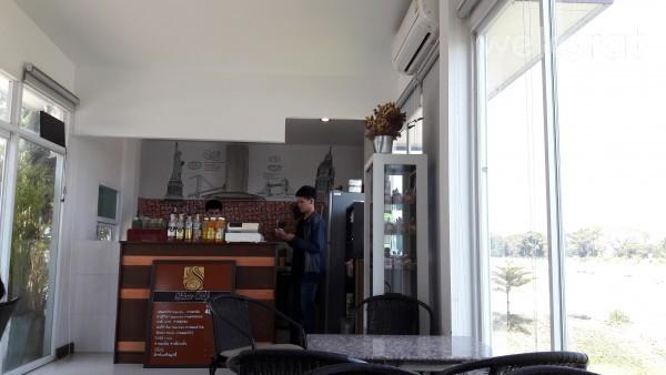 Shine cafe-2