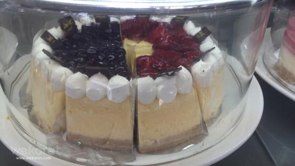 ขนมเค้กที่ร้าน สูตรเดียวกับ Sweet Cafe'