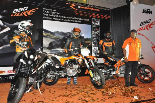 KTM-Duke-R-2011-Launch-074
