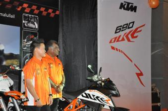 KTM Duke R (2011) Launch - 085