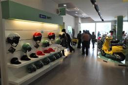 Piaggio Liberty 150cc Launch at New Vespa Showroom - 22