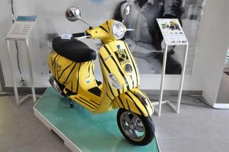 Piaggio Liberty 150cc Launch at New Vespa Showroom - 51