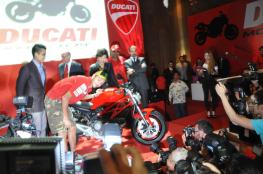 Ducati-Monster-795-Launch-074-Valentino-Rossi