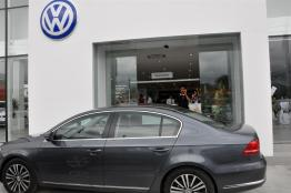 The-New-Volkswagen-Trio-Passat-Sedan-Jetta-Cross-Touran-28
