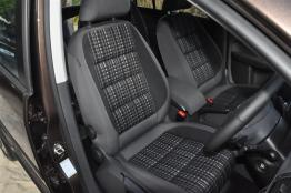 Volkswagen-Cross-Touran-27