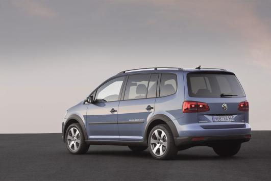 Volkswagen Cross Touran - 34