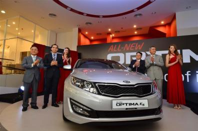 Kia-Optima-K5-Launch