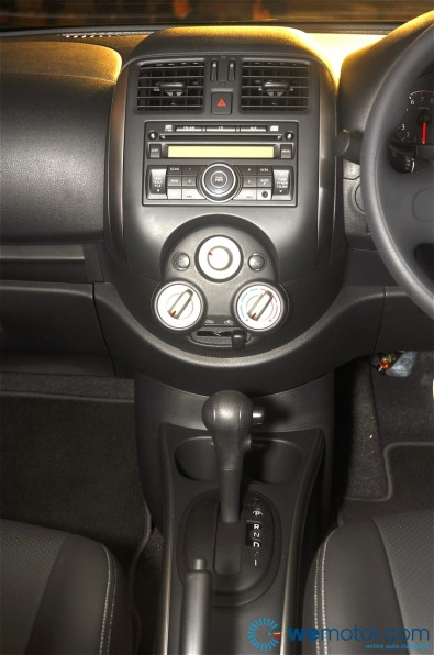 2012 Nissan Almera Launch 092