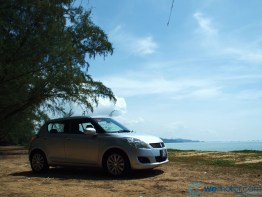 2013 Suzuki Swift 014