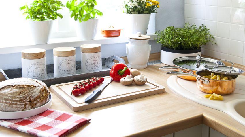 Cocinas Pequeñas: Prácticas Y Con Encanto