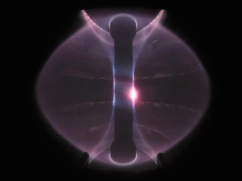 Plasma test inside the original MAST machine