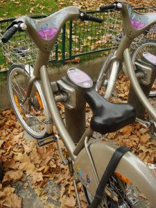 Vélib' bike in Paris. Photo courtesy of Evan Bench via Flickr.