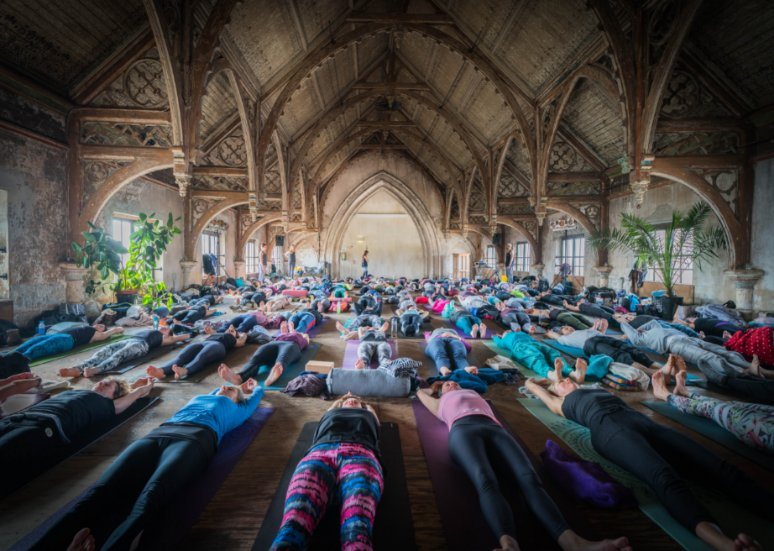 Happy-with-Yoga-experience-festival