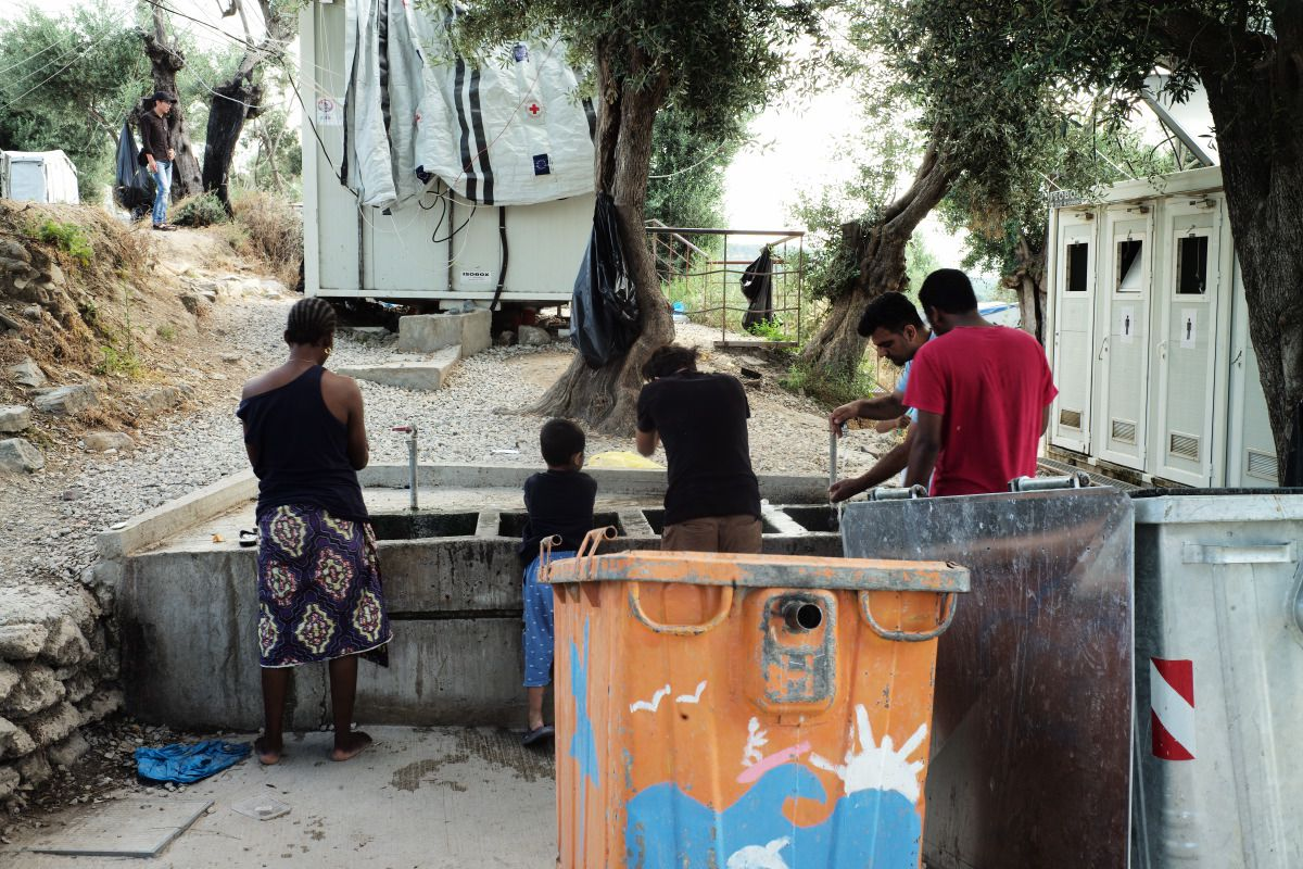 refugee-camp-moira-greece-med-land-project