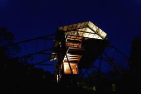 superb-wooden-three-leveled-bungalow-in-sri-lanka-6-900x603