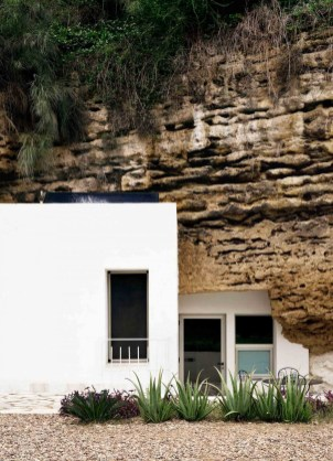 Architecture_CasaTierra_UMMOEstudio_04-1050x1452