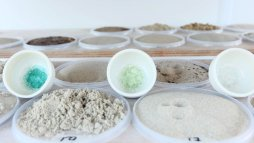 to-see-a-world-in-a-grain-of-sand-atelier-nl-at-ddw-design_dezeen_2364_col_17