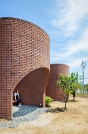 architecture-obba-vault-house-006-1440x2173