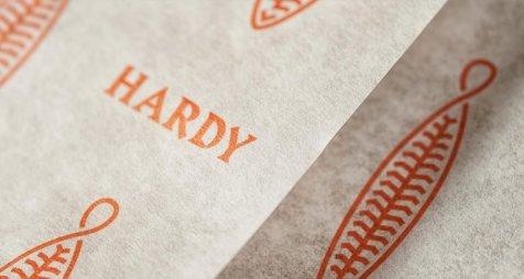 branding-hardy-9