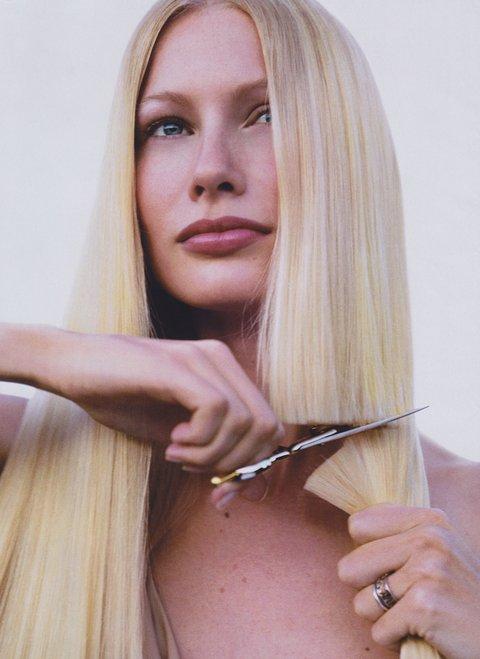 Tagli di capelli medi retti