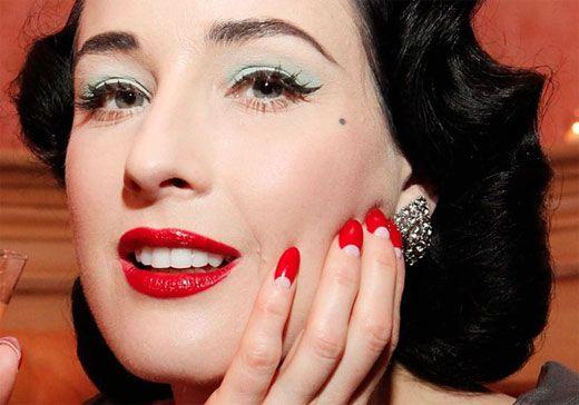 cliomakeup-bb-cream-addio-trend-prodotti-spariti-moon-manicure-dita-von-teese