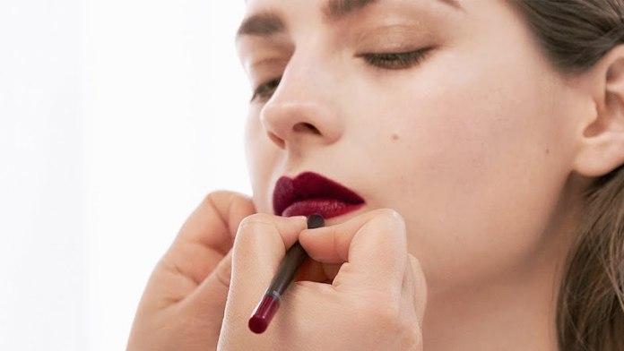 cliomakeup-mascara-marrone-12-labbra-scure