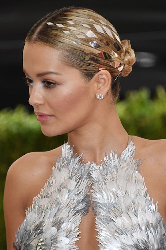 ClioMakeUp-beauty-look-del-met-gala-2016-met-ball-make-up-trucchi-star-rita-ora